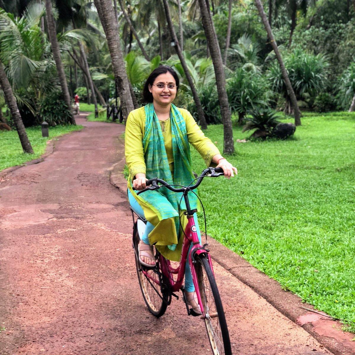 #WorldBicycleDay संयुक्त राष्ट्र द्वारा पहला आधिकारिक विश्व साइकिल दिवस 3 जून, 2018 को मनाया गया था. यह दिवस परिवहन के एक सरल, किफायती, भरोसेमंद और पर्यावरण की सुरक्षा को प्रोत्साहित करने के लिए मनाया जाता है.... https://t.co/3cwKBHG5oW