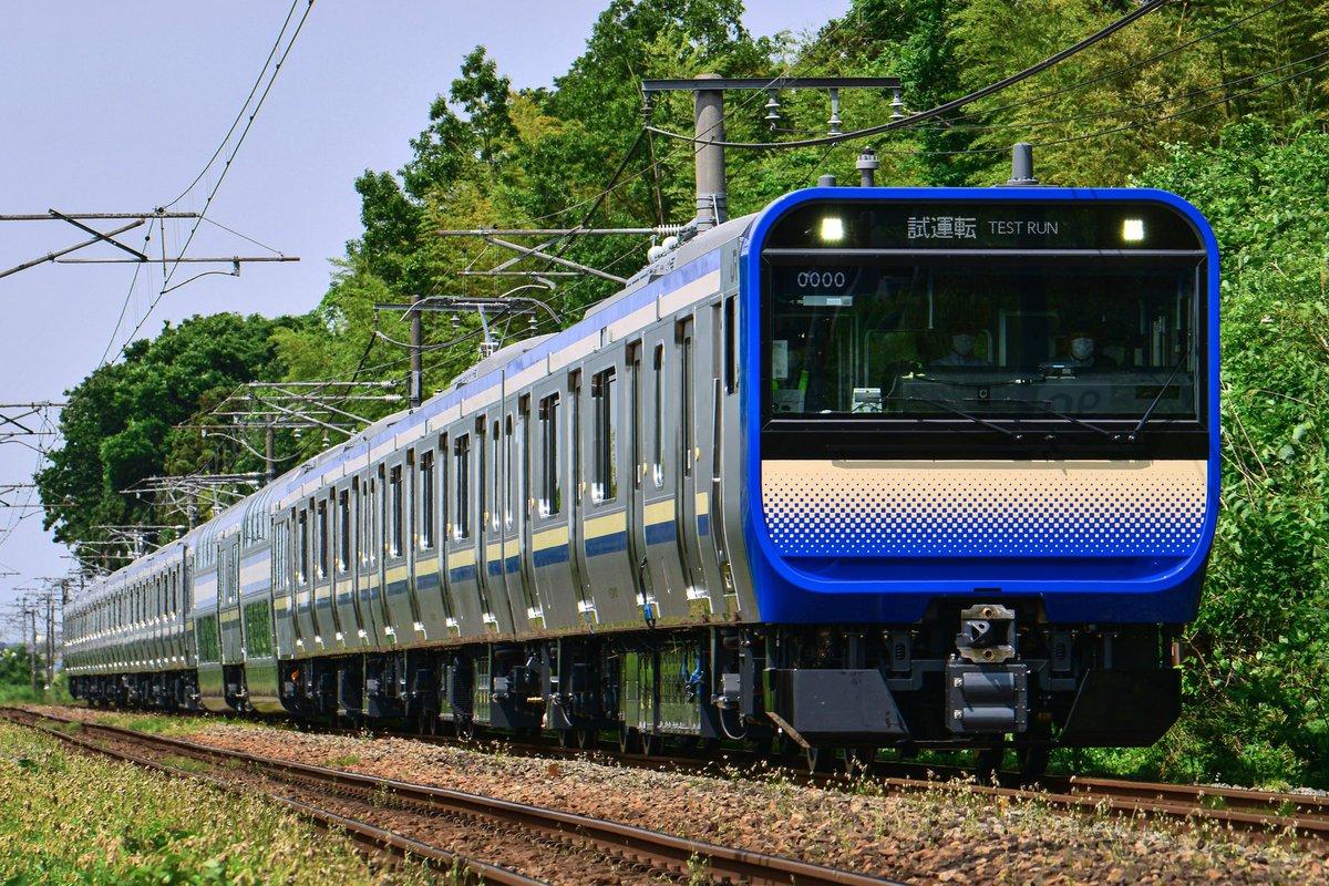 6/3試6426M J-TREC新津出場公式試運転E235系1000番台 クラF-01編成遂にスカ色のE235系が本線に姿を現しました!
