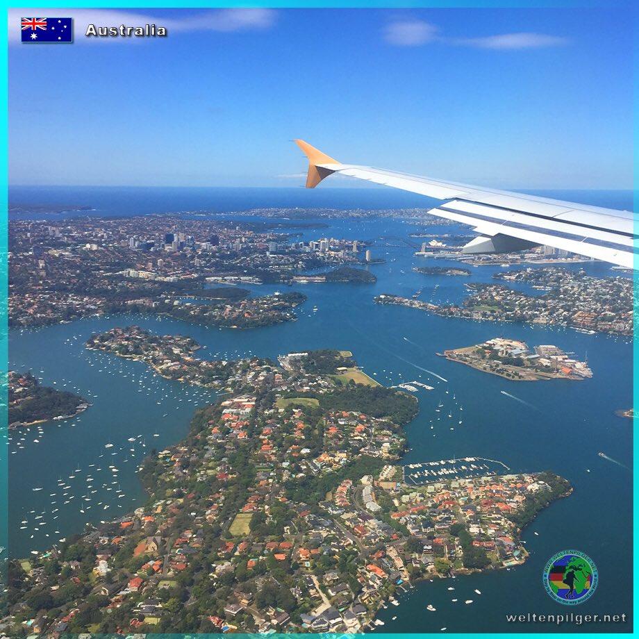 ID: 20200603-001 Name: Sydney from above Country: Australia  #weltenpilger#australia #australia #rsydney #bigcity #newsouthwales #myaustralia #operahouse #sydneyharbour #harbour #harbourbridge #sydneyharbourbridge #instagood  #hotday #austrlaliansummer #beautiful #noonpic.twitter.com/RX3ePW7wSz