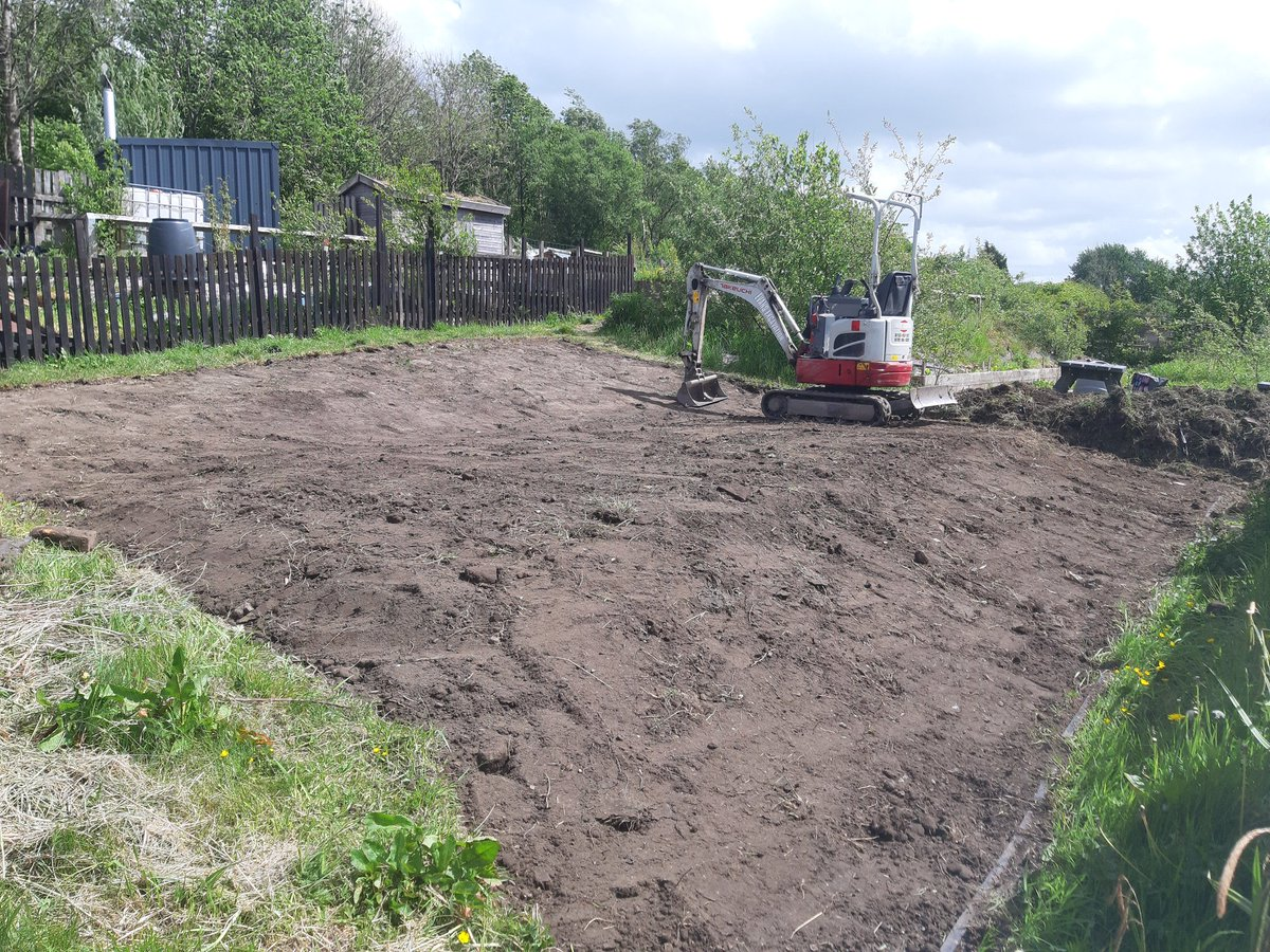 #QueenOf and #SBS winner @EvansExcavation is back Digging,  Safely and Social Distancing.   Overgrown Allotment landscaped into a usable Space  for @idle_women in #Accrington #thediggerlady #diglikeagirl #girlboss #smallbusiness #FemaleEntrepreneur #Stockport #PromoteStockportpic.twitter.com/O4k8CGkrY6