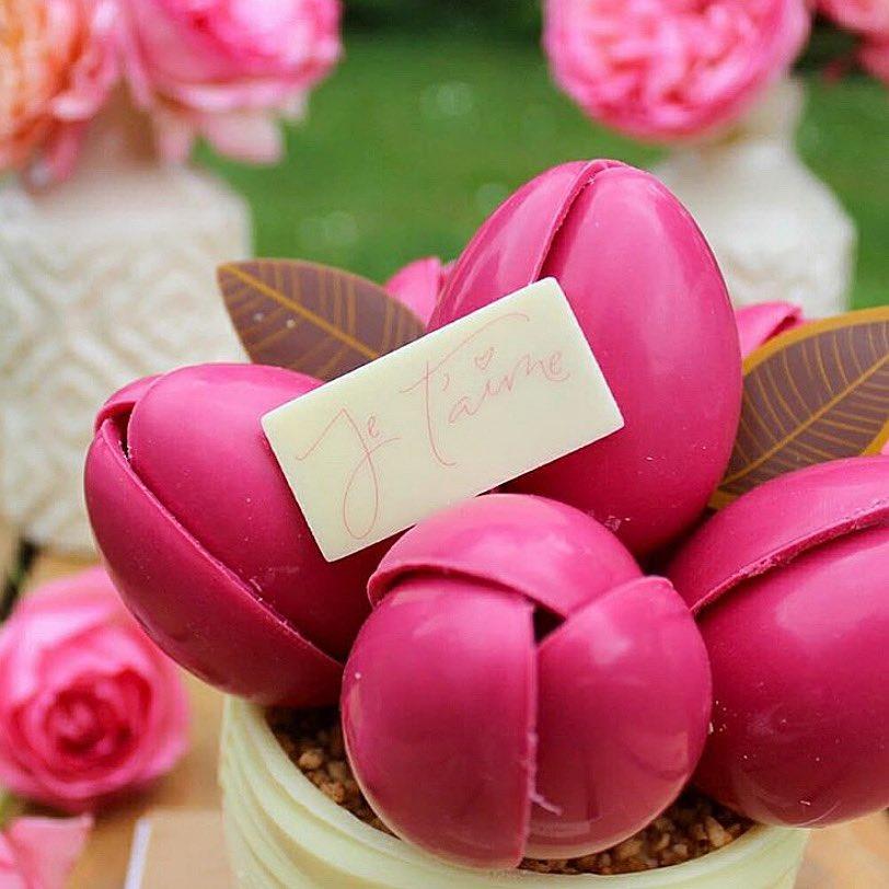 Offrez à votre #maman un cadeau original pour la #fêtedesmères ! 🌷  Réservez en ligne : https://t.co/GyuLebvRmt  Crédit photo : @PaysGourmand https://t.co/j8dqZ6znVQ