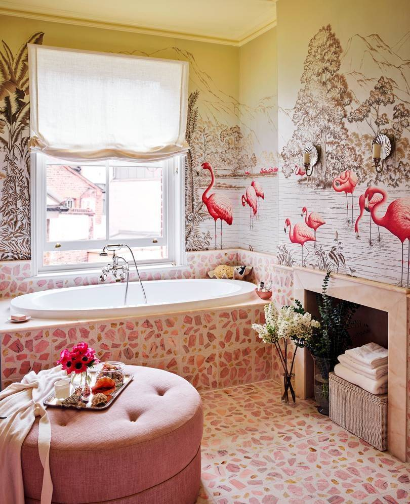 Hannah Cecil Gurney's Flamingo bathroom #architecture #Interiors #inspiration #periodfeatures #flamingo #pink #bathroomdesign #tub #wallcoverings #luxurydesign