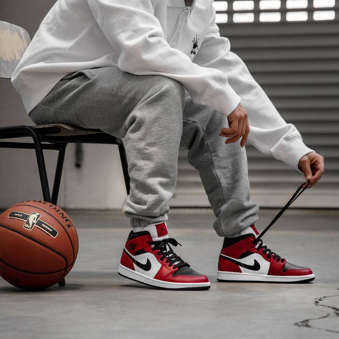 Sole Links On Twitter Ad Most Sizes Restocked Air Jordan 1 Mid