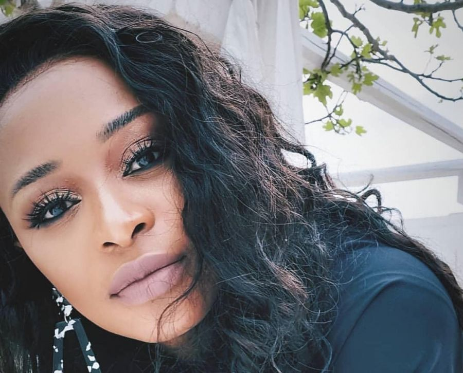 DJ Zinhle Might Just Be Ready For Her Next Child But There Are Obstacles  DJ Zinhle reveals she is ready to have a second child soon.  The super talented Disc Jockey, DJ Zinhle made the revelation during a... https://wp.me/pbzZkz-qf4 pic.twitter.com/aQ9ePxDed3