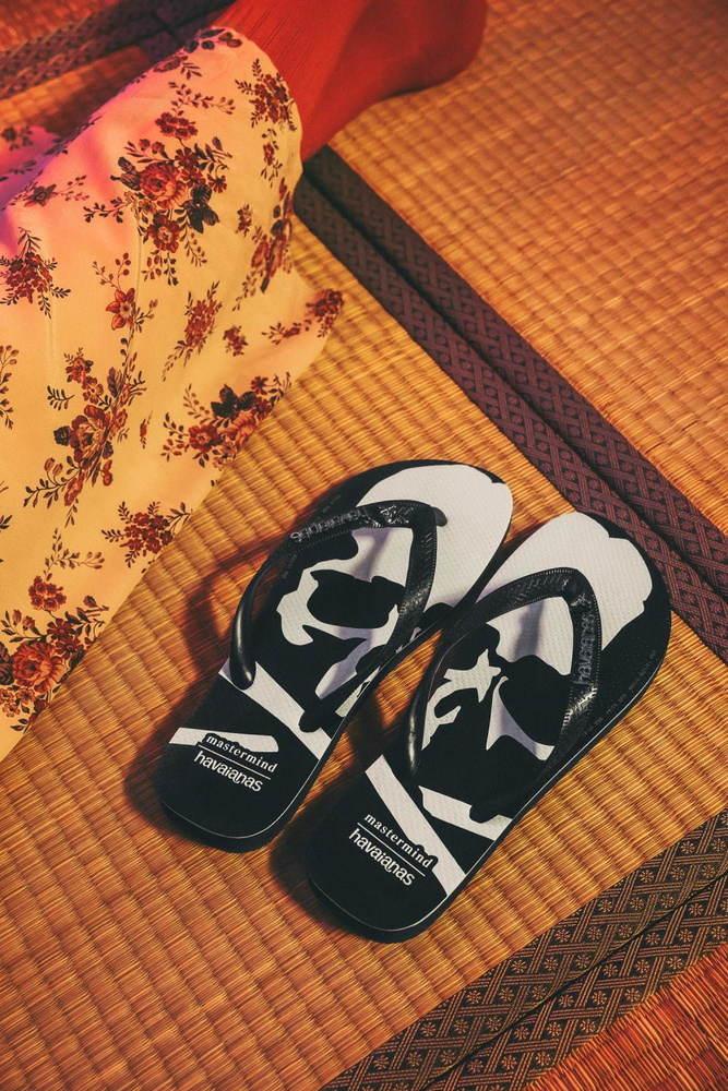 """ハワイアナス×マスターマインド・ジャパンの""""スカル""""サンダル、""""日本の草履""""着想のスクエアソール -"""