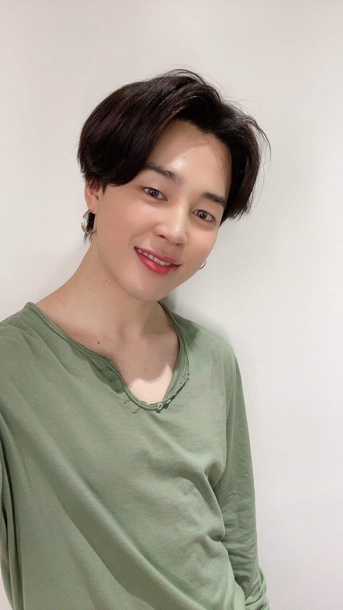 You've come such a long way. I love you yesterday, today and tomorrow. Many more wonderful years with you, and the rest of the boys. @BTS_twt  #JIMIN #FESTA2020 https://twitter.com/BigHitEnt/status/341570422627762176…pic.twitter.com/uL8FRSlIif