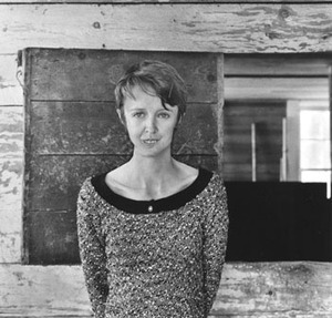 #Otd 1963: Birth in #Dublin of Lucy Grealy (d '02). Poet & memoirist who wrote Autobiography of a Face ('94). Family moved to US when 3. When 9, developed rare form of cancer (Ewing's sarcoma) & had reconstructive surgery. Won several prizes for her poetry https://en.wikipedia.org/wiki/Lucy_Grealy…pic.twitter.com/8EleVZyO4d