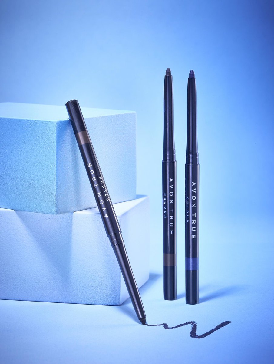 Does having that stunning line above your eye complete your look? If you haven't tried Avon's Glimmerstick yet, you will be kicking yourself when you do.   http://wu.to/pPeaQI   #eyeliner #wingliner #makeupaddicted #makeupideas pic.twitter.com/AnvbxjeXJv