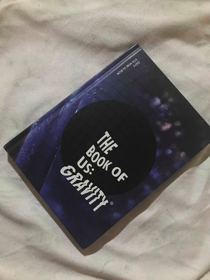 DAY6 UNSEALED ALBUM!   ALBUM ONLY!  THE BOOK OF US: GRAVITY  FOR ONLY 300 PHP  1 STOCK ONLY! <br>http://pic.twitter.com/VuUQuLdShc