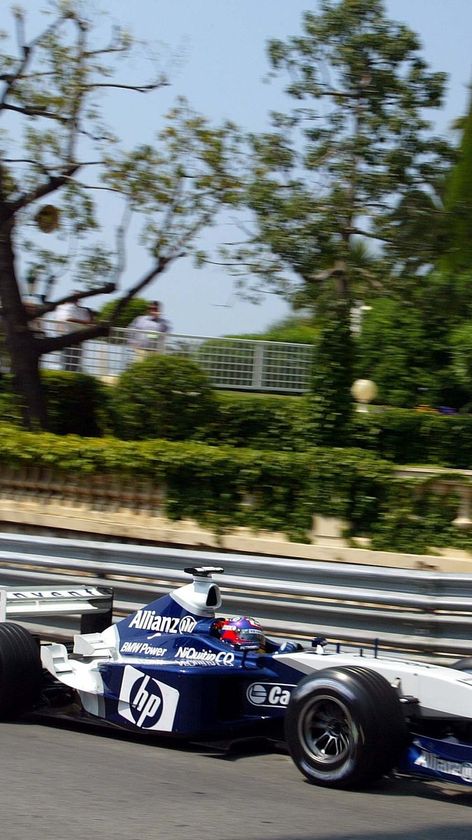 Throwing it back to Monaco 2003 for today's wallpapers 📲  #WallpaperWednesday https://t.co/SAeNjvCf8b