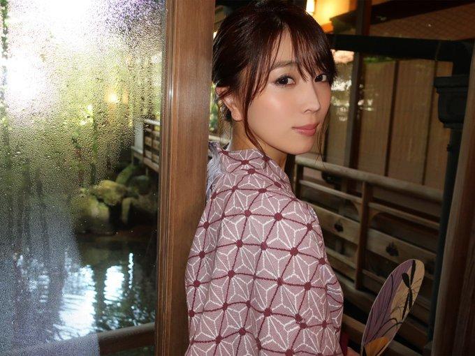 グラビアアイドル森咲智美のTwitter自撮りエロ画像36