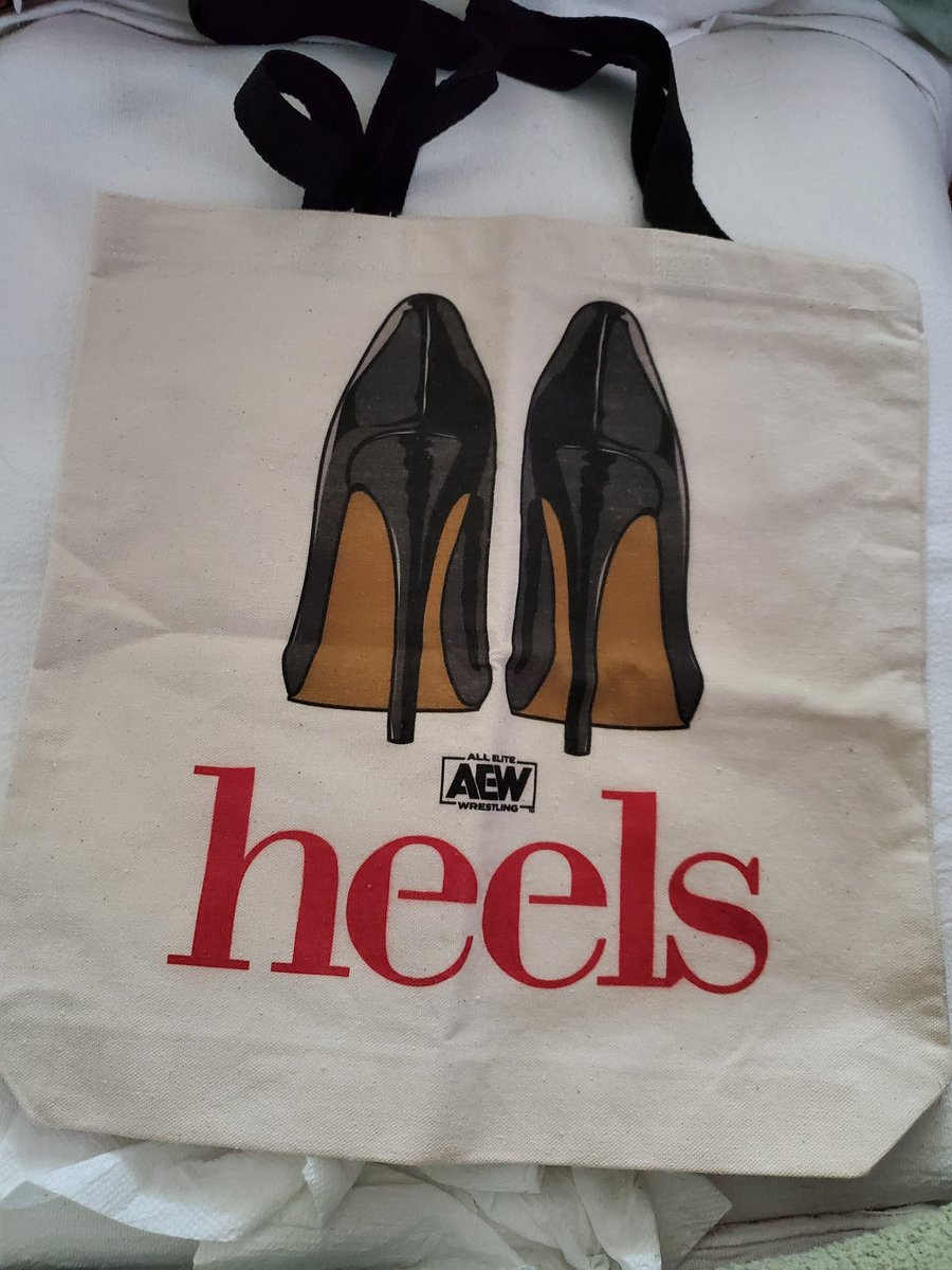 I guess we were in the first 100 to sign up! #AEWHeels tote bag showed up in the mail yesterday! #ImWithAEW #AEW