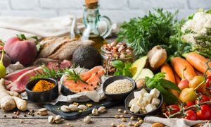 "What is the mediterranean diet? How can you benefit from it? Watch our newest on-demand class ""A Mediterranean Lifestyle"", anytime of the day and explore why it's one of the world's most healthiest diets!  https://www.youtube.com/watch?v=vnFUqUt8Yxk&amp=&feature=youtu.be …pic.twitter.com/bTwwwL0XDH"