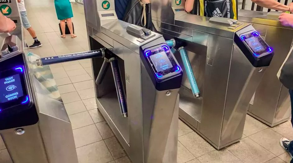 Apple Pay won't fully roll out in NYC subway until