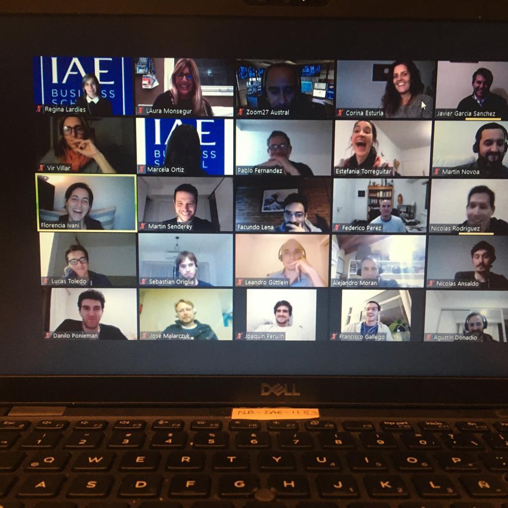 #IAEtalks - En esta oportunidad los EMBAs y MBAs, compartieron un espacio de conociento e intercambio junto a @JuanBruchou, fundador y CEO de @brubankarg,, Charlamos sobre la revolución de la banca. @albertowilli  #IAEBS #conexion #encuentro #Pandemia #finanzas #banca #Liderazgo