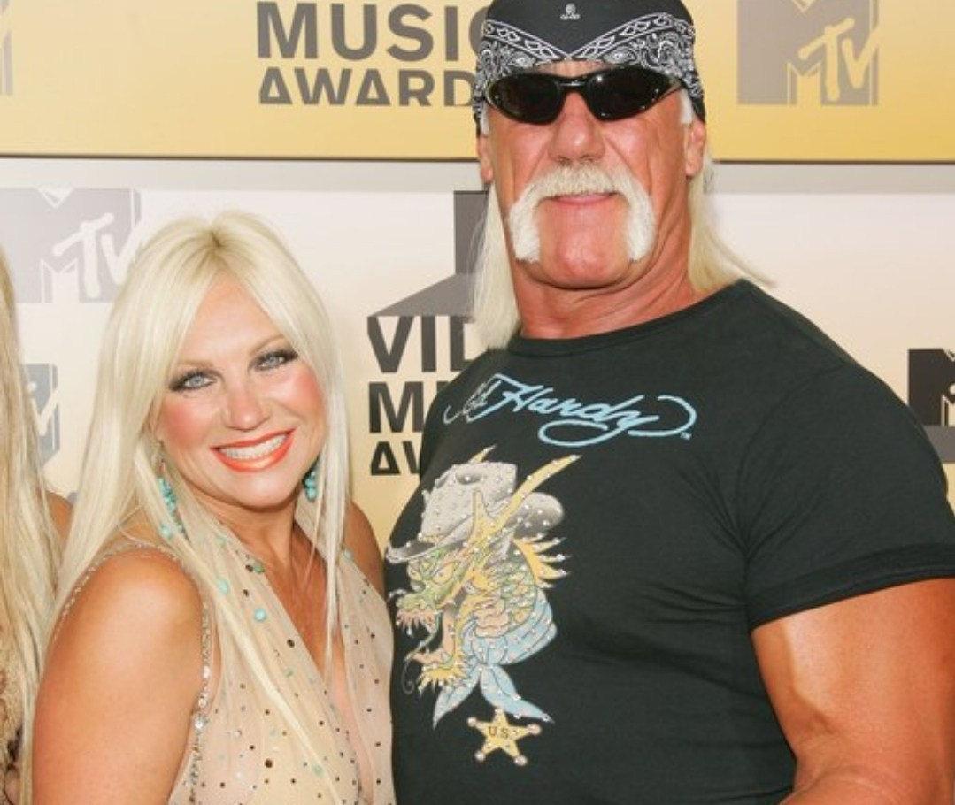 Hulk Hogan and His Ex-Wife Linda Have Been Banned From Attending AEW Shows After Tweet on Looting http://dlvr.it/RXvmM1pic.twitter.com/enKdZk8phU