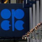 Image for the Tweet beginning: Saudi, Russia agree oil cuts