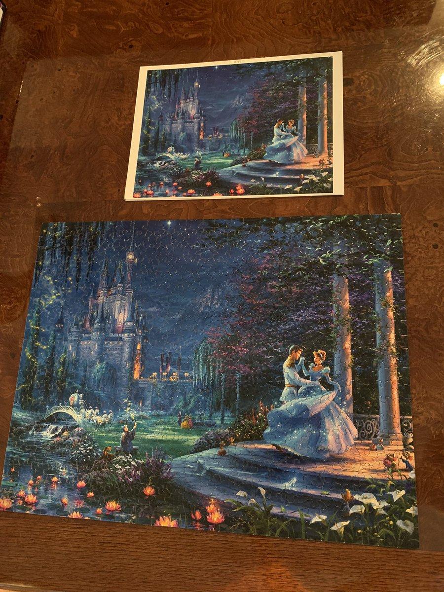 Just finished this beautiful #Disneypuzzle #Cinderella #PrinceCharming #DreamsComeTrue #TrueLovepic.twitter.com/uaZ4JdLT6E