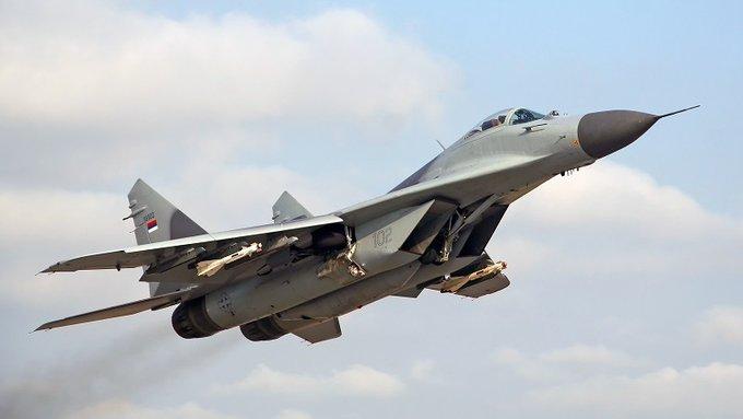 INTERFAX : СИРИЙСКИТЕ ЛЕТЦИ  ВЕЧЕ ЛЕТЯТ НА НОВИ  МиГ - 29