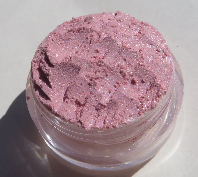 Jewels-Pale Pink Mineral Eye Shadow, White Shimmers, Loose Pigments, Cruelty-Free, Vegan Pink Eye Shadow #overallbeautyminerals #veganmakeup #mineraleyeshadow #jewelsmineraleyeshadow #palepinkloosepigments #whiteshimmers #crueltyfree #veganpinkeyeshadow  https://etsy.me/3gPUn4apic.twitter.com/Iw4vTsHspX