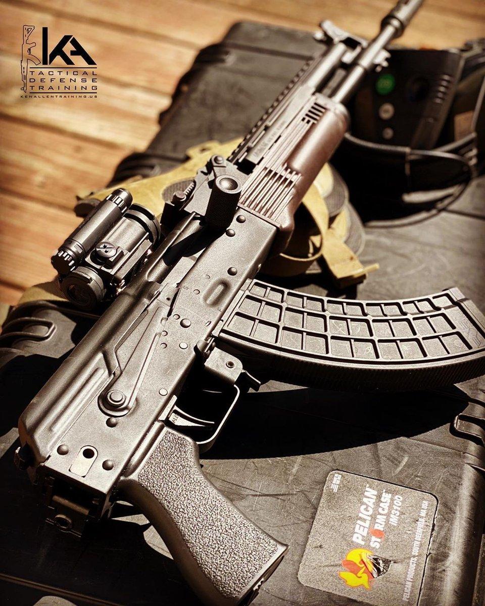 What does your gear set up for training look like? -  @ken_allen_training Range Ready • What basic gear do you always train with? - #arsenalinc #arsenalak #ak #ak47 #krinkov #akpistol #ak74 #milledrifle #kalash #kalashnikov #kalashlife #kalash_hub #gunsofinstagram #bulgarianakpic.twitter.com/E0it3cFwv8