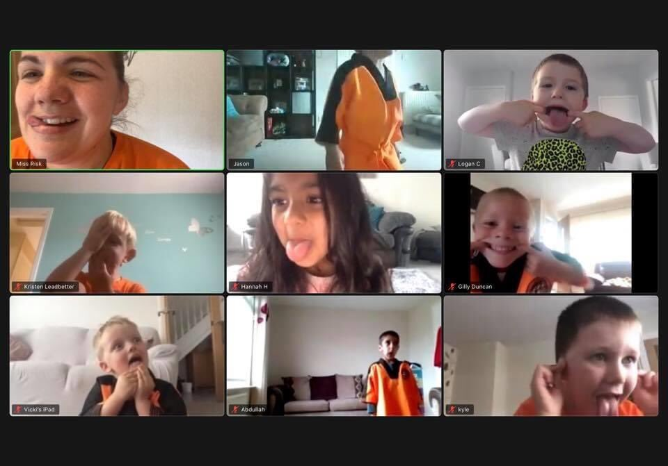 Todays awesome little tigers  on zoom .  Been missing these guys so much. It's great being able to interact with them on zoom.  Hopefully we will all be a let to see each other soon until then we have zoom #uktc #littletigercubs #Taekwondopic.twitter.com/dqRQ1S4i8q