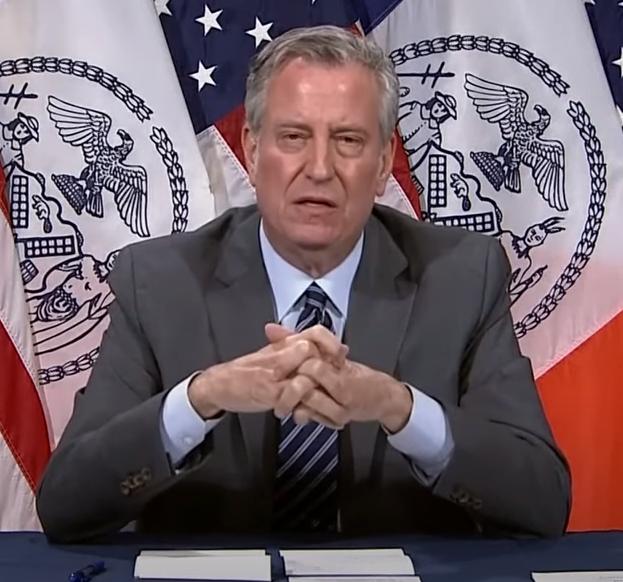 New York mayor... Ofc NY is in deep shit... mayor is an alien... https://t.co/gQRyb0CRWj