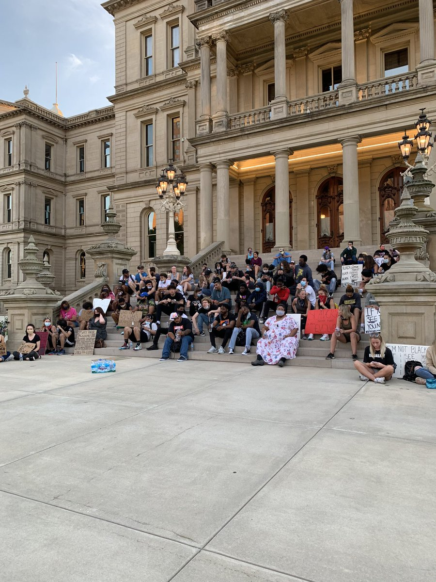 """Protestors are back at the Michigan Capitol steps tonight. Chants of """"I can't breathe!"""" just broke out."""