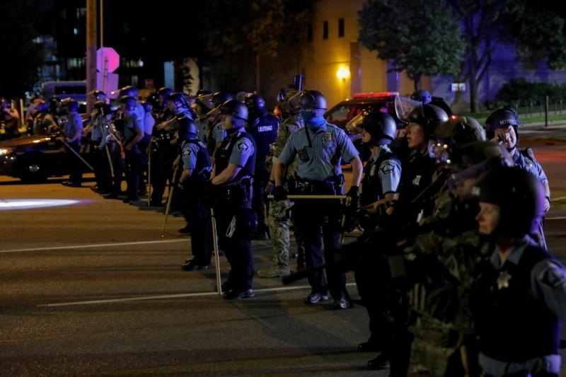 ACLU sues Minnesota police, alleging harassment of journalists at protests https://t.co/Ccojp8r68Q https://t.co/u4IXZN90h2