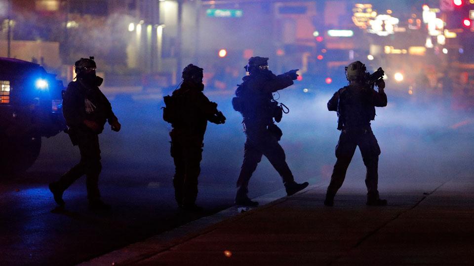 Prosecutors: 3 men plotted to terrorize Vegas protests https://t.co/ZhDmoU4bs4 #10TV https://t.co/ddIojKUXwT