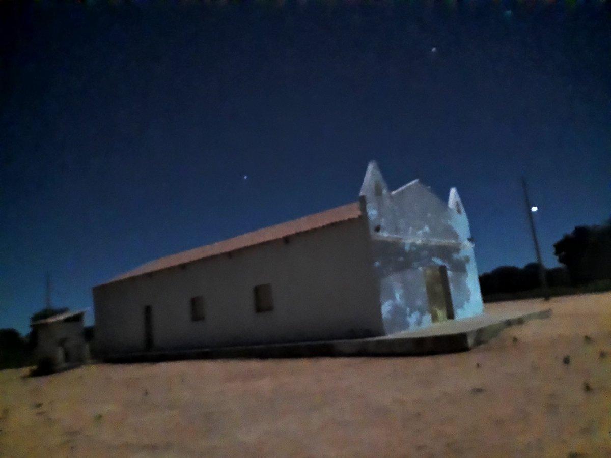 Noite de luar no sertão. Foto feito utilizando apenas a luz da Lua.  #Lua #Moon #LuarDoSertao #Nordeste #Nordestino #Piaui #Brasil #Photo #luz #Photo #photography #photooftheday