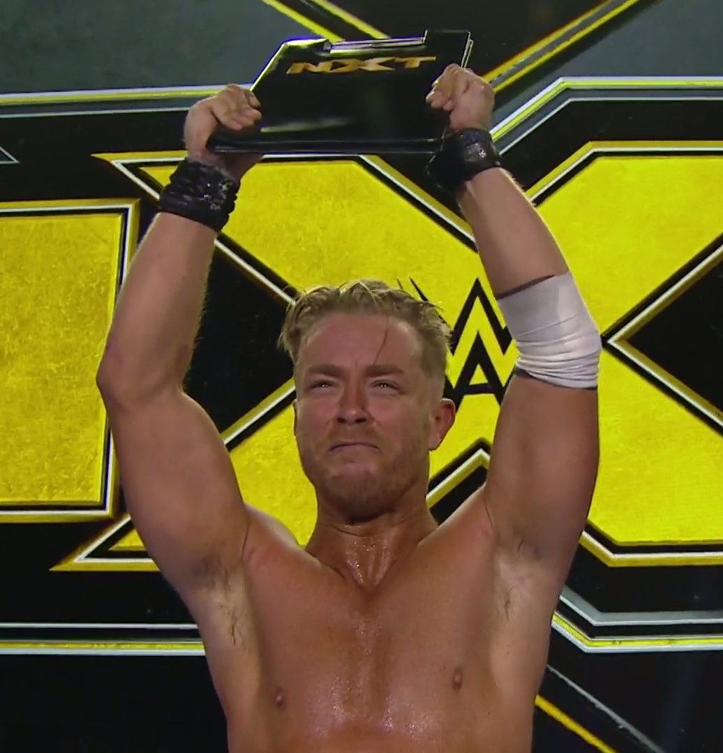 I told ya...  I'm not leaving 💛  #WWENXT @WWENXT #ThankYou https://t.co/QNvrnGUf36