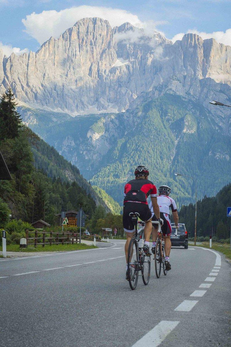 Happy #WorldBicycleDay yesterday #WorldCycleDay2020 #WorldCyclingDay #世界自転車デー #サイクリングの日 #自転車 #サイクリング #海外サイクリング #コロナウイルスが早く終息しますように #いつか行きたい #海外旅行 #旅行 #アフターコロナ pic.twitter.com/MZbNPgsI5g