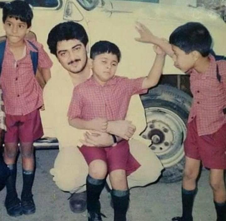 Rare Pic Of #ThalaAjith    How Many Seeing This Pic For First Time ?  #Valimai<br>http://pic.twitter.com/Egdiykf5zr