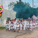 Image for the Tweet beginning: Procesión hasta la iglesia de