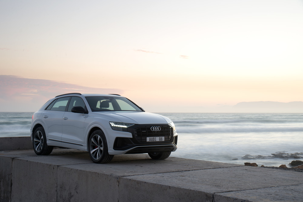The sensational 335 horsepower cold weather package. Audi Q8. Learn more: bit.ly/36Z63gk #audisouthafrica #audiQ8 #Q8