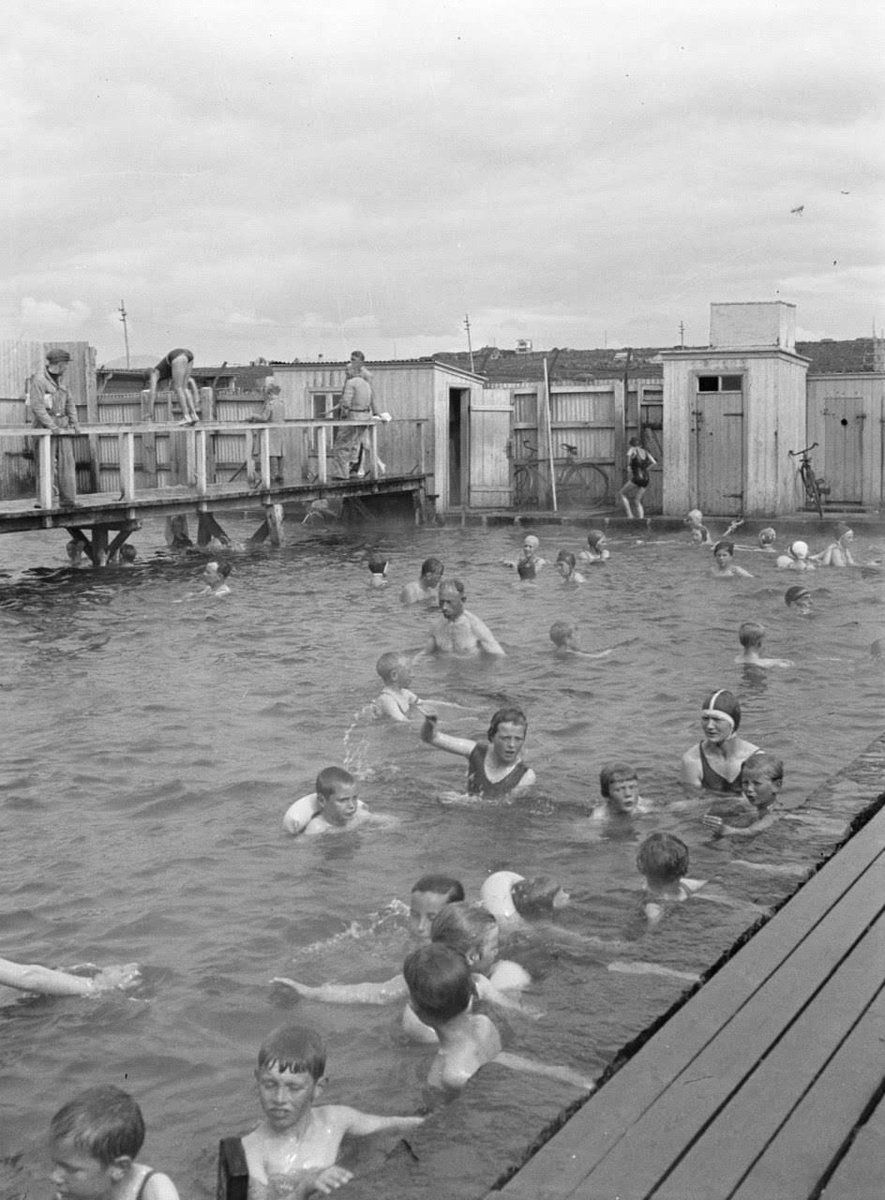RT @1934Iceland: Iceland 1934. Willem Van de Poll. #Iceland https://t.co/6h4WIaowIl