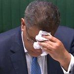 Image for the Tweet beginning: Britisk minister svedte sig gennem
