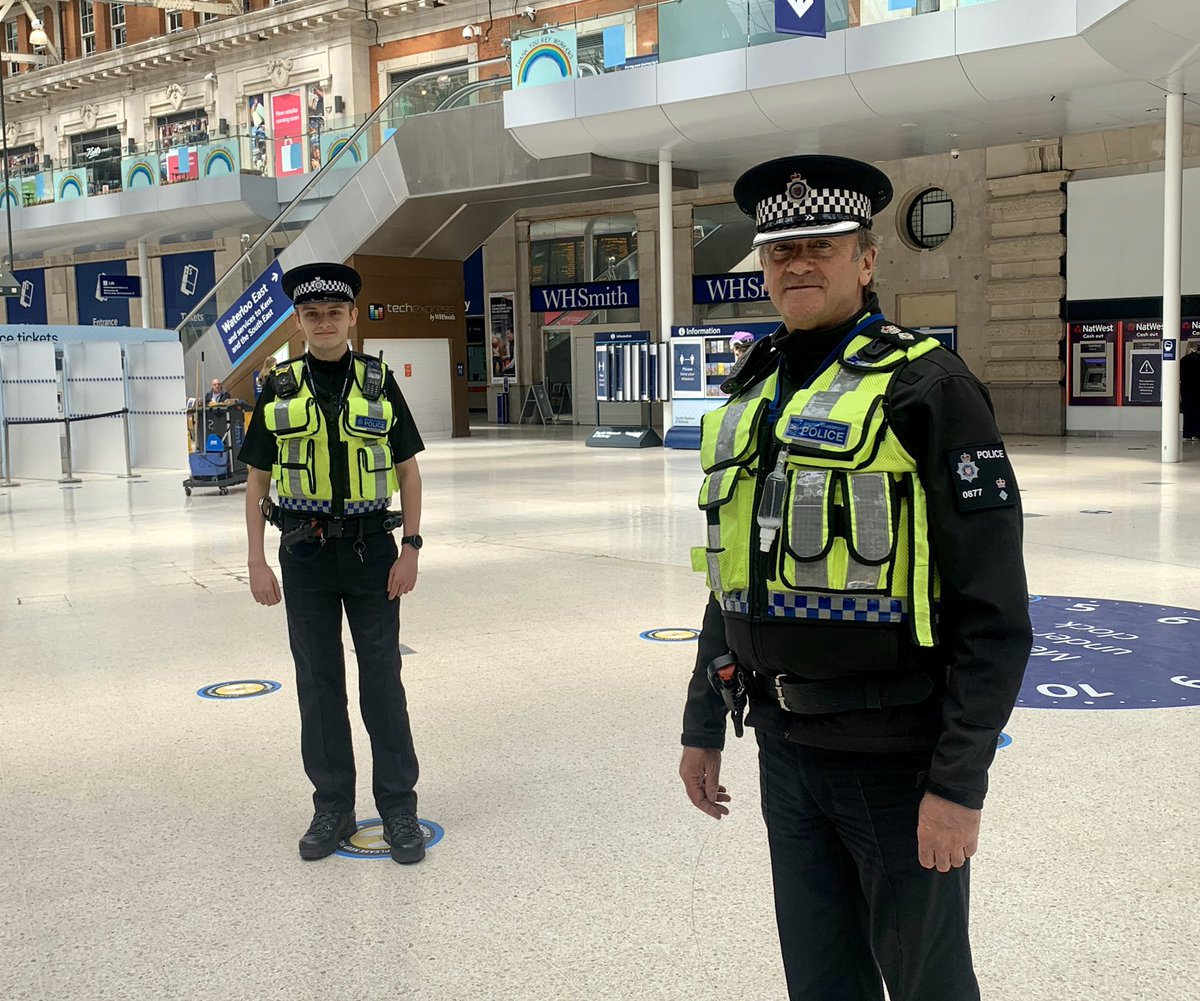 Interesting visit to see PI Trotter and the team at @BTPWaterloo. Highlight of the visit was meeting PC Glover who left @BTPRecruits last week and made an arrest on his very first day! Keep up the good work!