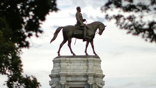 Virginia governor to announce removal of Robert E. Lee statue in Richmond: report hill.cm/aIIBPUv