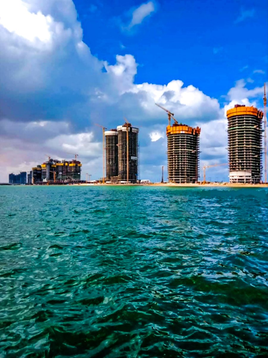 The construction works in The New City of El Alamein in The North Coast #Egypt  pic.twitter.com/dSQ0fwxoN7
