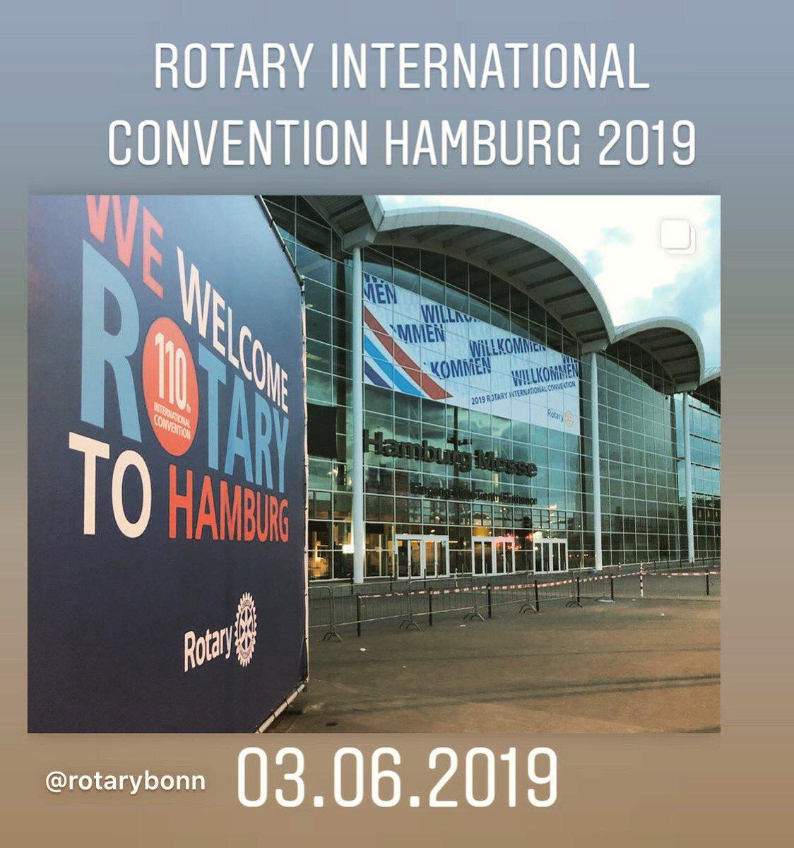 #Rotary international convention #Hamburg 2019 #tbt #throwbackthursday #rotarians #worldwide #united in @hamburg_de  #HH #rotarian #friendship #Rotaract #inAction #bethechange #betheinspiration #RotaryBonn https://t.co/xTsmwtTHFr