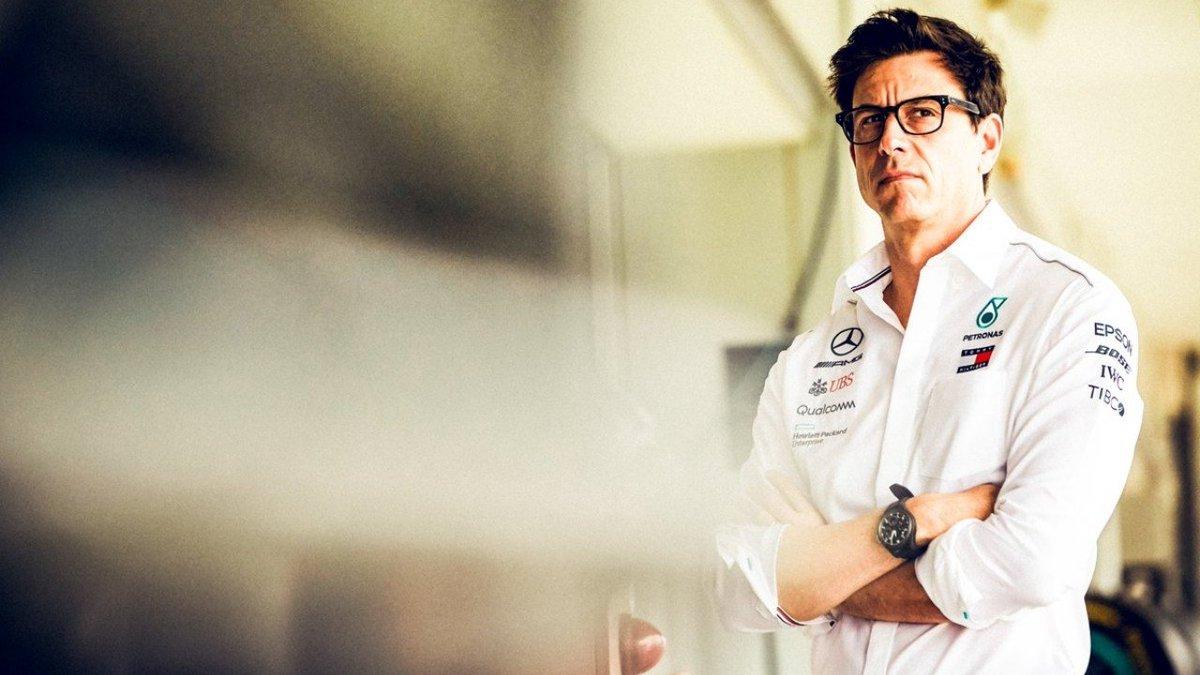 #F1 | ¿Por qué impidió Mercedes la parrilla invertida? Atención a las razones de Wolff.  ➡️ https://t.co/feYgRnw3NX  #Fórmula1 #F12020 #ParrillaInvertida #TotoWolff @MercedesAMGF1 https://t.co/P3ZqKXXgER