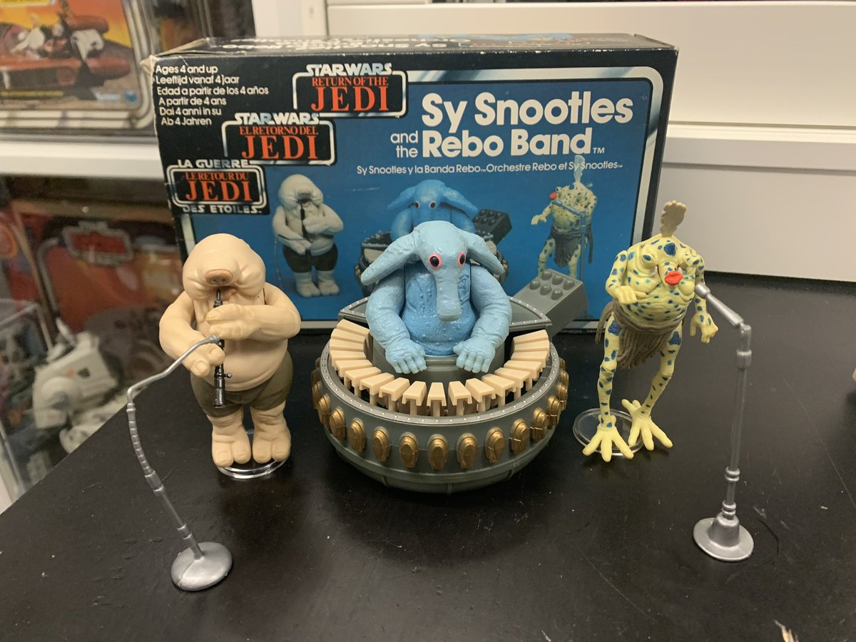 Vintage Star Wars...getting the band back together! Sy Snootles and the Rebo Band upgraded and complete! #StarWars #Kenner #ReturnOfTheJedi #ROTJpic.twitter.com/SqH5zuIODe
