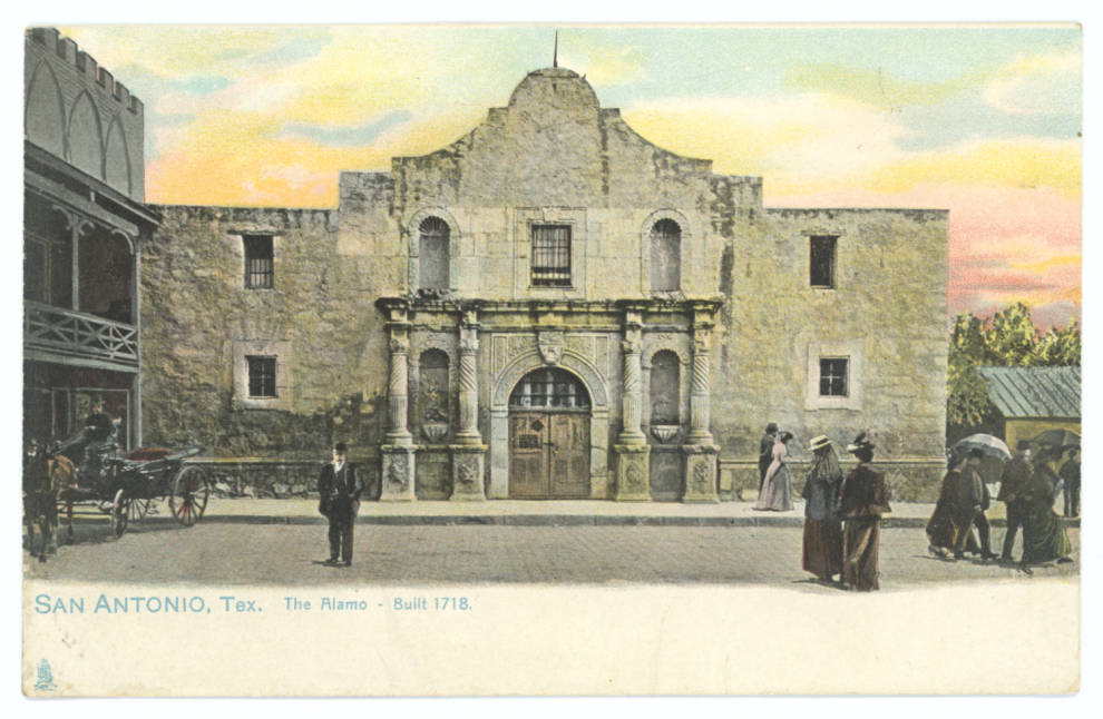 This #PostcardsFromTheAlamo does not have a date - what year would you say that it came from?