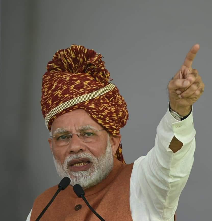 தோல்வி என்றும் நெருங்க முடியாத உச்சம்டா.... இந்த தானே தலைவனை எதிர்த்து வெற்றி கொள்ள யூகங்கள் வேண்டும்!! நீ என்னா வேனும் நாலும் பிதற்று!! #ModiSarkar #NamoAgain #NamoForeverpic.twitter.com/EUJesS3oY8