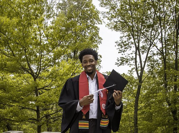 One of the biggest accomplishments of my life this far is graduating not only as a student athlete but as a black man! https://t.co/NHMCp7KMIt
