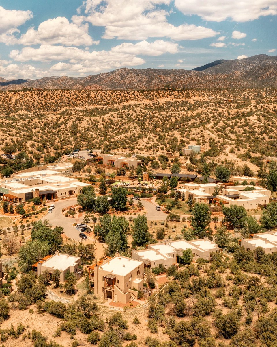 Today we open our doors to welcome you back to Santa Fe. Set on 57 sprawling acres in the foothills of the Sangre de Cristo mountains, your Four Seasons luxury retreat steeped in adventure, culture, culinary and wellness experiences awaits.  Details: https://t.co/jGwT6anHPx https://t.co/i0XHkNpVUp