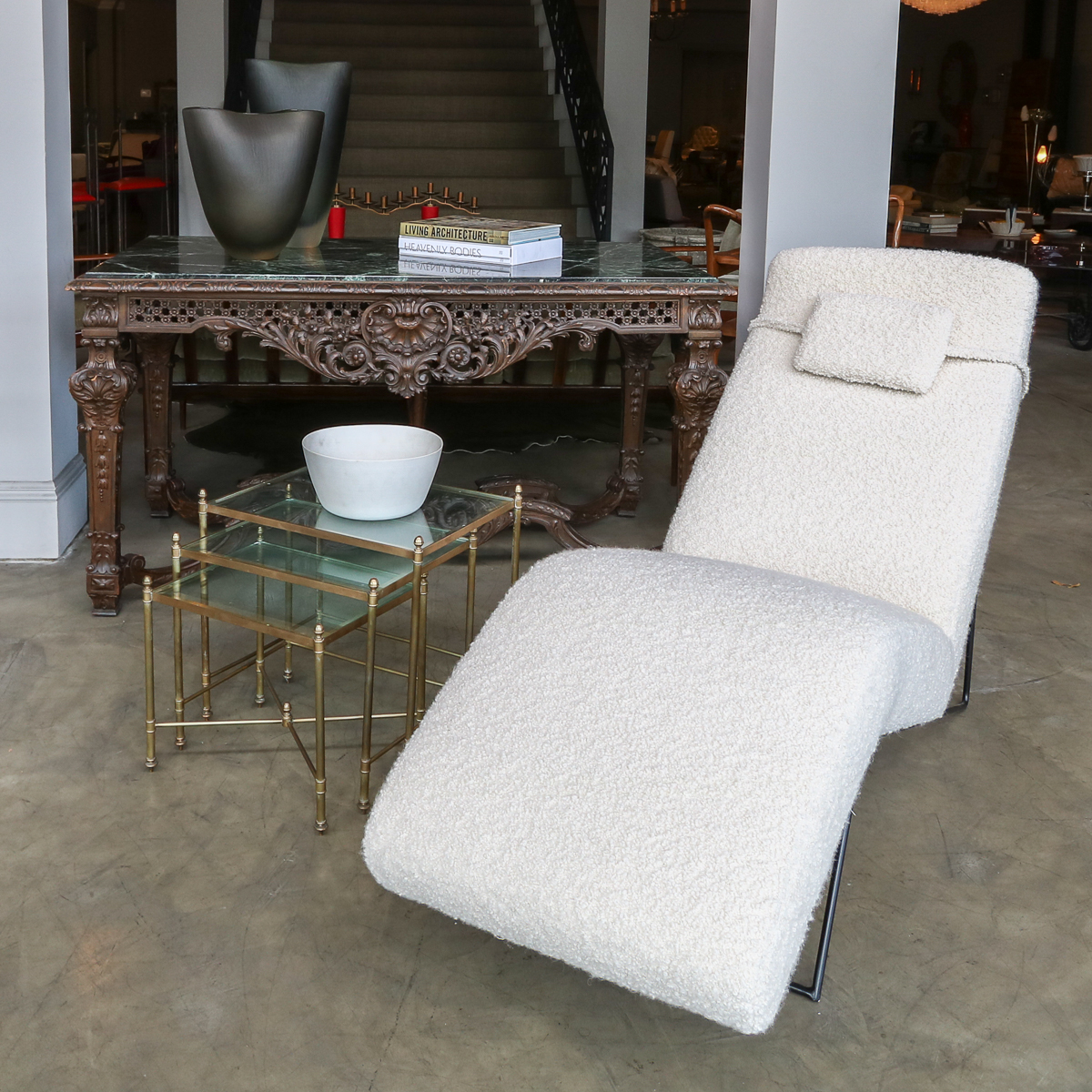 Our custom chaise with vintage and antique. #adessoimports #midcenturymodern #customfurniture #customdecor #customdesign #interiordesign #midcenturystyle #midcenturyfurniture #modernism #midcenturydecor #midcenturyhome #vintagefurniture #homeinspiration #homeinspo #homedecorpic.twitter.com/D61UvS2bxx