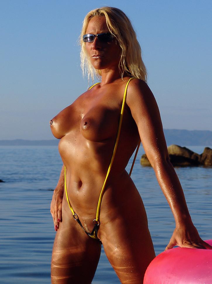 Michelle Monaghan Big Tits Milf